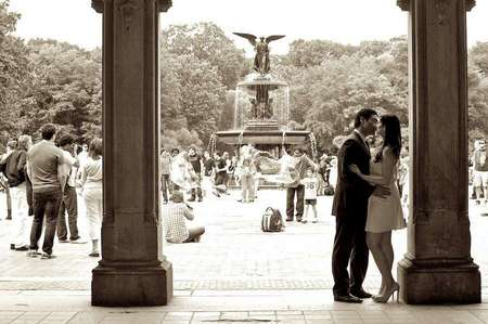 Central Park engagement session photography by Armen Elliott