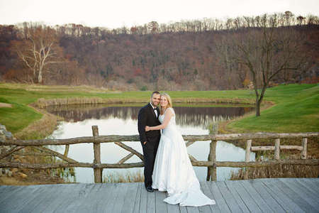 Riverview Country Club wedding couple